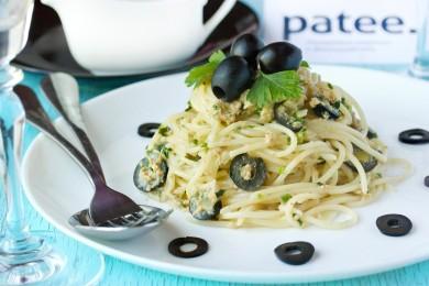 Рецепт Спагетти с тунцом и маслинами