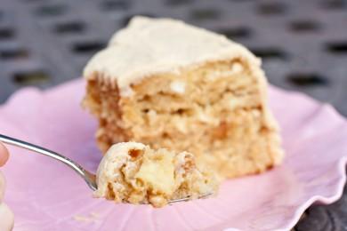 Рецепт Карамельный торт с яблоками