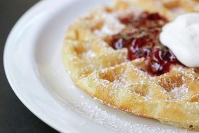 Рецепт Дрожжевые вафли — рецепт для вафельницы