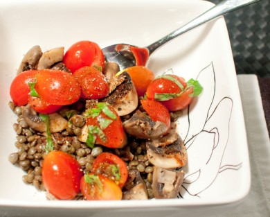 Рецепт Чечевица с грибами и помидорами