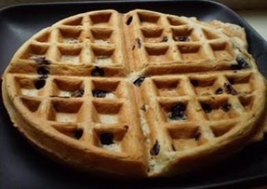 Рецепт Вафли с черникой — рецепт для вафельницы