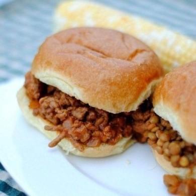 Рецепт Бутерброды с говядиной и луком
