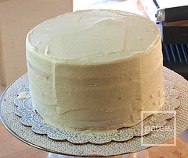 Каким кремом промазать бисквитные коржи для торта