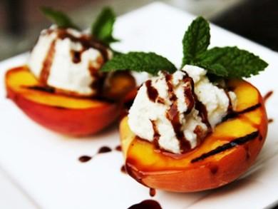 Рецепт Жареный персик с сыром рикотта