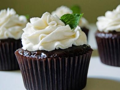 Рецепт Шоколадные кексы с ганашем и мятным кремом