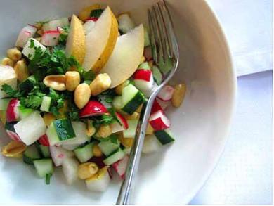 Рецепт Огуречный салат с арахисом