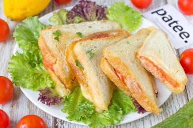 Рецепт Горячие сэндвичи с колбасой, сыром и помидорами — рецепт для тостера