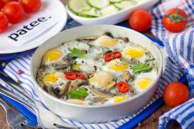 Рецепт Яичница из перепелиных яиц с шампиньонами