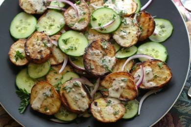 Рецепт Картофельный салат с луком и огурцом