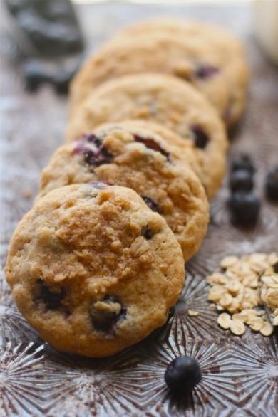 Рецепт Овсяное печенье с черникой и корицей