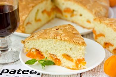 Рецепт Пирог с абрикосами и миндальной корочкой