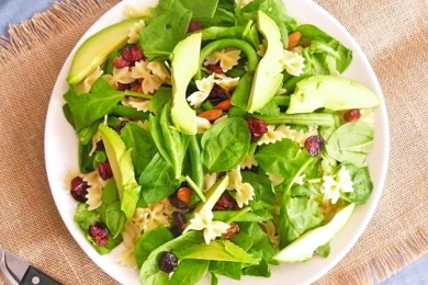 Рецепт Летний салат с пастой, фасолью и шпинатом