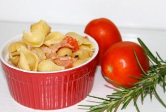 Паста с беконом и помидорами - приготовление