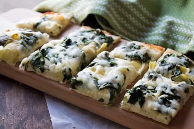 Рецепт Пицца со шпинатом и артишоками