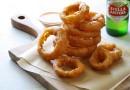 Луковые кольца с пряным соусом