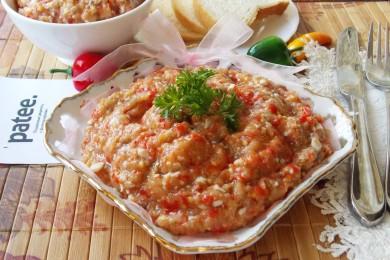 Рецепт Острая икра из баклажанов с отварными яйцами