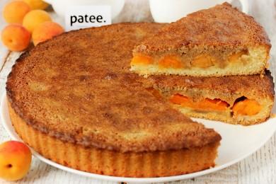 Рецепт Абрикосовый пирог с манкой