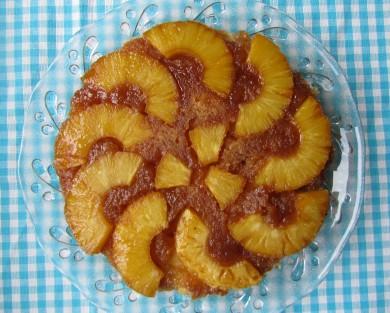 Рецепт Ананасовый пирог с карамелью