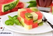 Салат Кубик из арбуза, киви и сыра