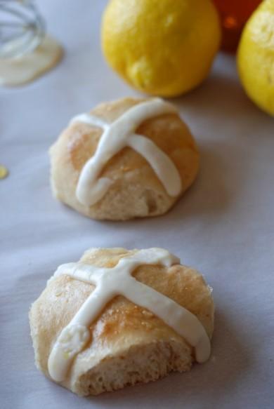 Рецепт Лимонные булочки с глазурью