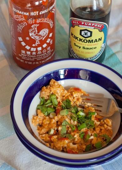 Рецепт Яйца-скрэмбл с пряным соусом
