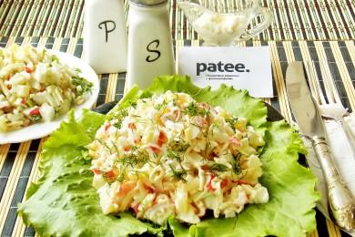 Рецепт Салат из ананасов, крабовых палочек и креветок