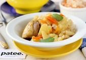 Курица, тушеная с квашеной капустой и картофелем в мультиварке