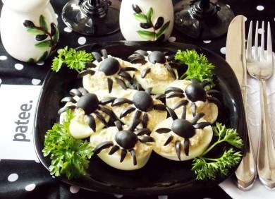 Рецепт Яйца, фаршированные грибным кремом в Хэллоуин