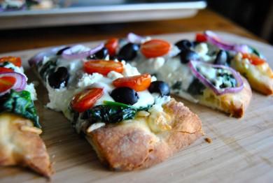 Рецепт Греческая пицца на лепешках