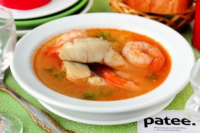 Рецепт Рыбный суп из судака с креветками и помидорами