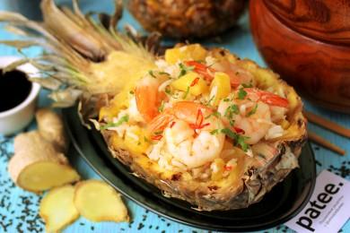 Рецепт Тайский рис с ананасами и креветками
