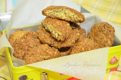 Рецепт Печенье с геркулесом и фундуком