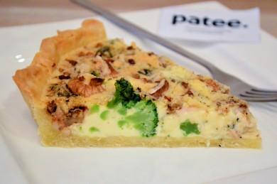 Рецепт Киш с брокколи, голубым сыром и грецкими орехами
