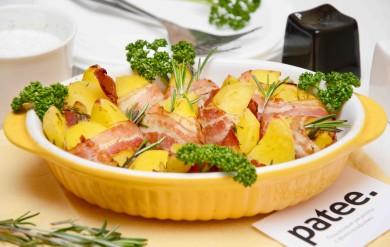 Рецепт Картофельные дольки в беконе с розмарином