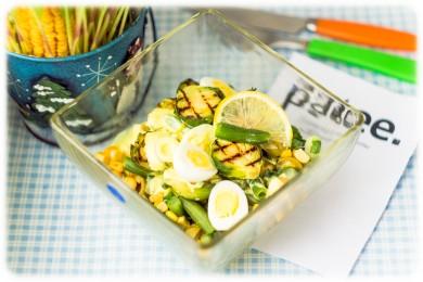Рецепт Йога-ужин: салат с брюссельской капустой под медово-шафрановым дрессингом
