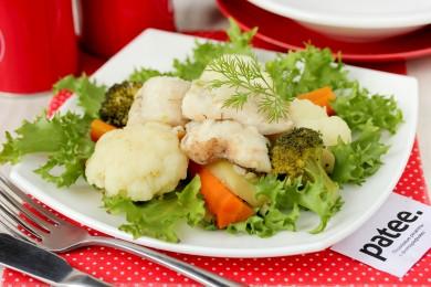 Рецепт Судак с овощами на пару в мультиварке — рецепт для мультиварки