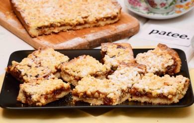 Рецепт Пирог с яблочно-сливовым вареньем
