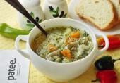 Суп с рисовой лапшой, вешенками и шпинатом