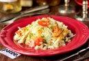 Салат из пекинской капусты с курицей и горчичной заправкой