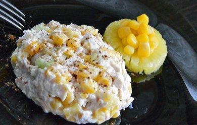 Рецепт Салат с куриным филе, рисом, сыром и ананасом
