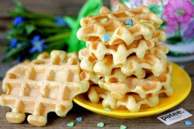 Рецепт Вафли на сыворотке — рецепт для вафельницы