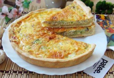 Рецепт Пирог с курицей, грибами и брокколи