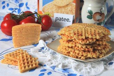 Рецепт Вафли с овсяными хлопьями и сыром — рецепт для вафельницы