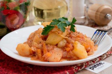 Рецепт Картофель с капустой — рецепт для мультиварки