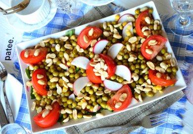 Рецепт Салат с щавелем и овощами