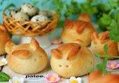 Пасхальные булочки с перепелиными яйцами