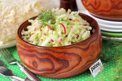 Рецепт Салат из пекинской капусты с редисом и огурцом