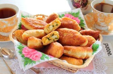 Рецепт Жареные пирожки с луком и яйцом