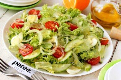 Рецепт Салат со свежими овощами и перепелиными яйцами