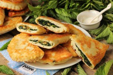 Рецепт Жареные пирожки с крапивой
